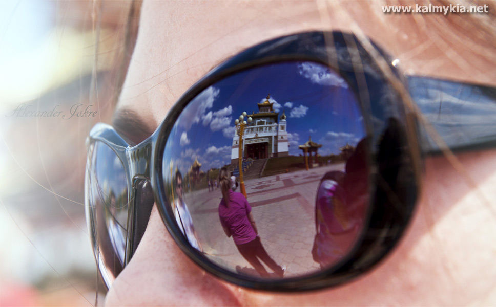 Reflection of Golden temple in Elista